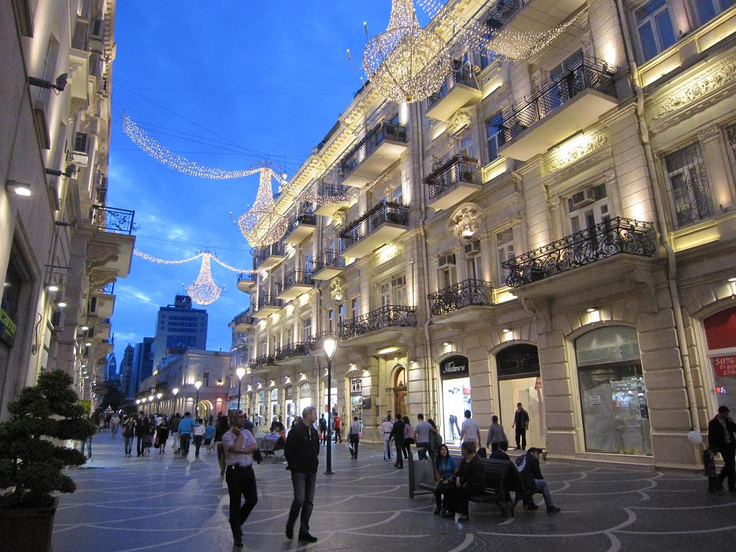 Fußgängerzone in Baku. Foto: Wolfgang Hesseler