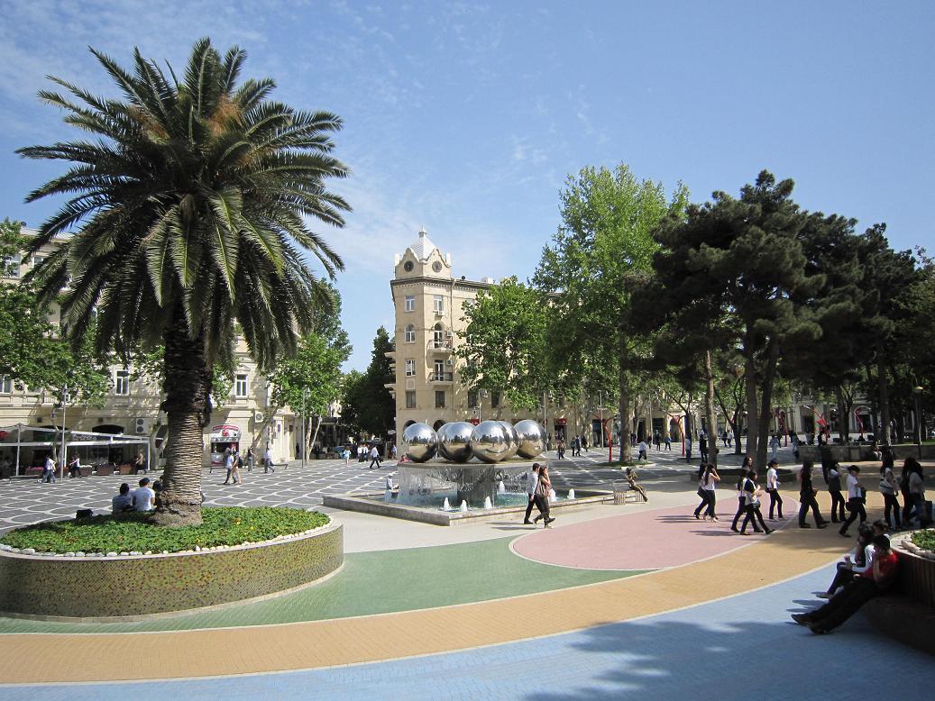 Fountain Squar ein Baku. Foto: Wolfgang Hesseler