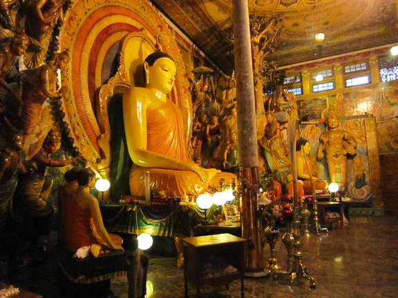 Der Gangaramaya Tempel in Colombo. Foto: Wolfgang Hesseler